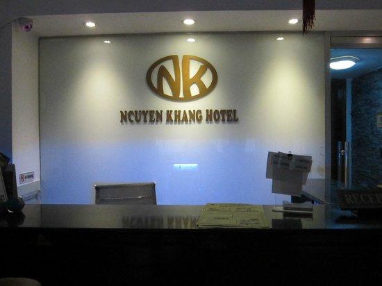 Nguyen Khang Hotel: the Reception