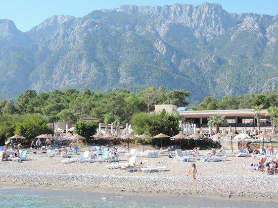 Club Marmara Kimeros Hotel: hotel vu de la plage