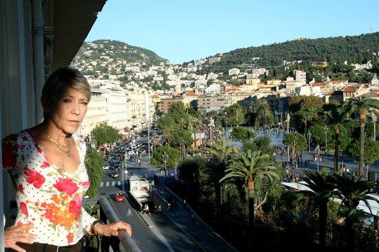 B4 Plaza Nice: Da uno dei balconi la to mare