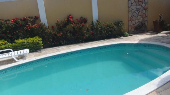 Brazuka Hostel: pool