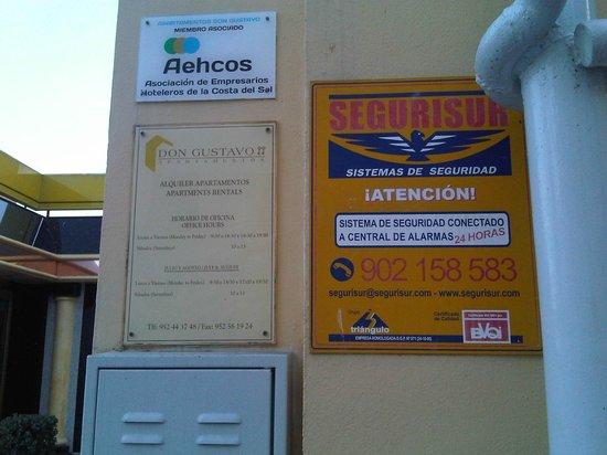 Apartamentos Don Gustavo: empresa de seguridad engañosa