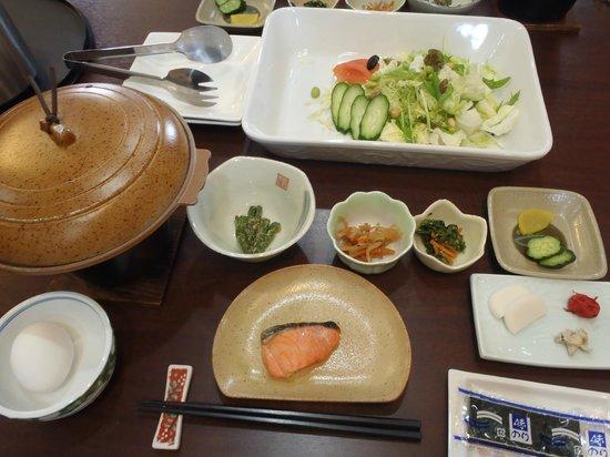 Kimimatisou: 朝食