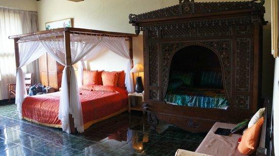 Tanah Merah Art Resort: Все выполнено в индонезийском стиле...