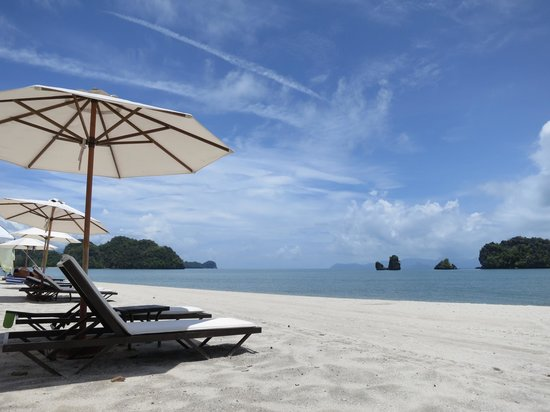 Tanjung Rhu Resort : Beach