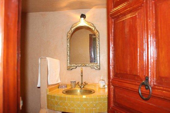 Riad Rocco: Bathroom