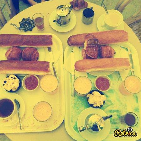 Hotel El Bahia : Petit déjeuner (pour 4 personnes)