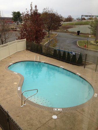 Quality Inn & Suites NJ State Capital Area : New Pool!
