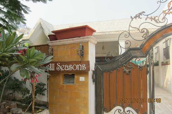 All Seasons Homestay Jaipur : Entrance