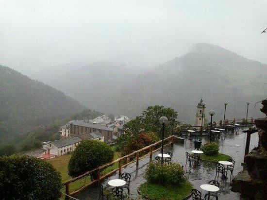 Hotel La Rectoral de Taramundi: jardin