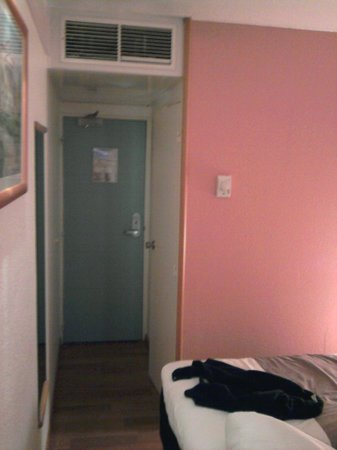 Ibis Montbeliard : Chambre