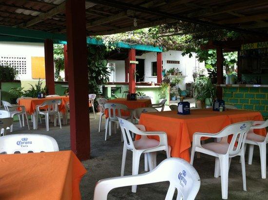 Restaurant el Manguito: Inside of testauravt