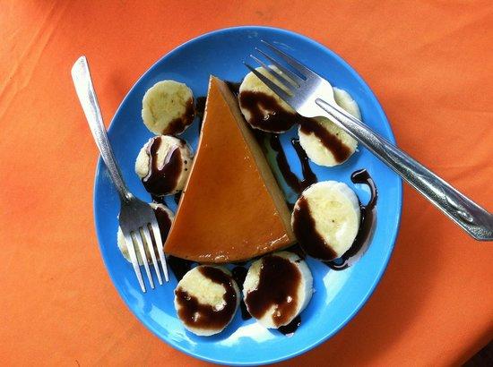 Restaurant el Manguito: Delicious homemade flan