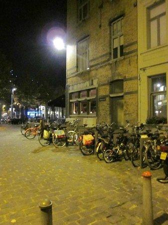 TRYP by Wyndham Antwerp: The backstreets of Zurenbourg