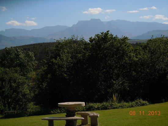 The Nest - Drakensberg Mountain Resort Hotel : View from room