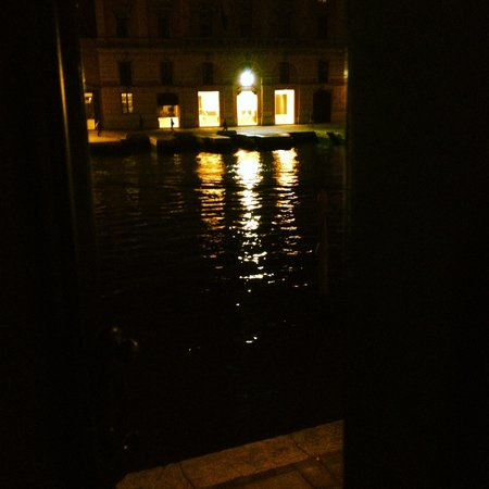 Hotel Canal: view from the window in the evening