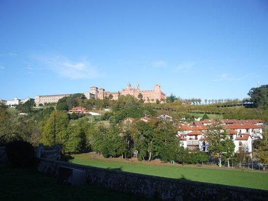 Palacio de Sobrellano : universidad pontificia de Comillas