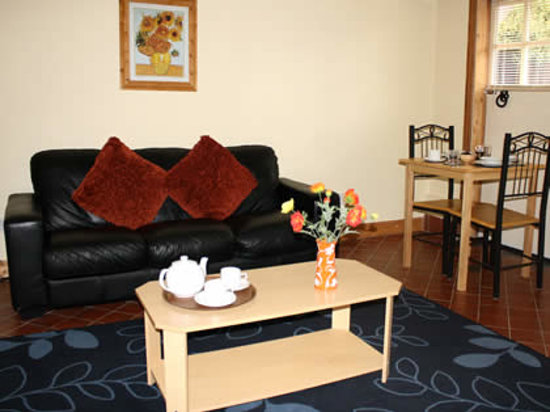 Thaxted Bed & Breakfast: Private Living Room