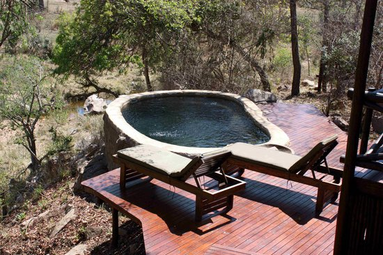 Lukimbi Safari Lodge : Plunge pool suite 2