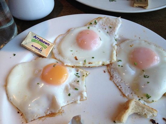 Cafe Express: Well done. Fried super brown ??? One egg