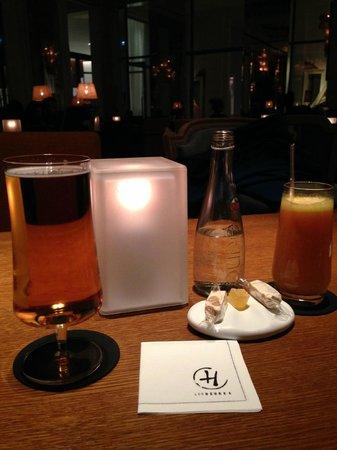 Prince de Galles Hotel: Bar