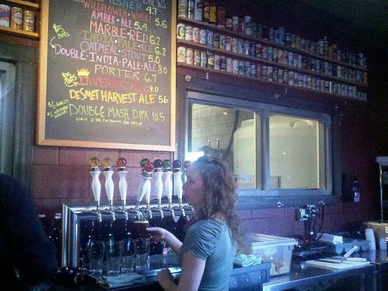 Marble Brewery: Inside at the bar