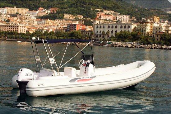 Zaccheo Boat Rental