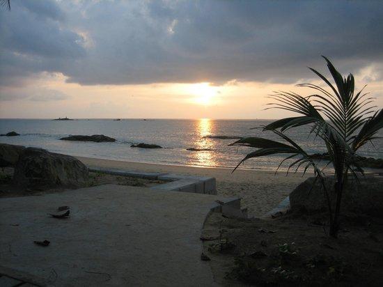 Khaolak Merlin Resort: Romantischer Sonnenuntergang