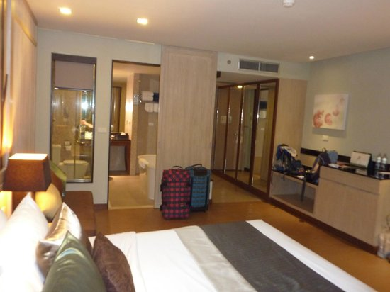 Khaolak Merlin Resort: Blick Richtung Eingang mit Bad