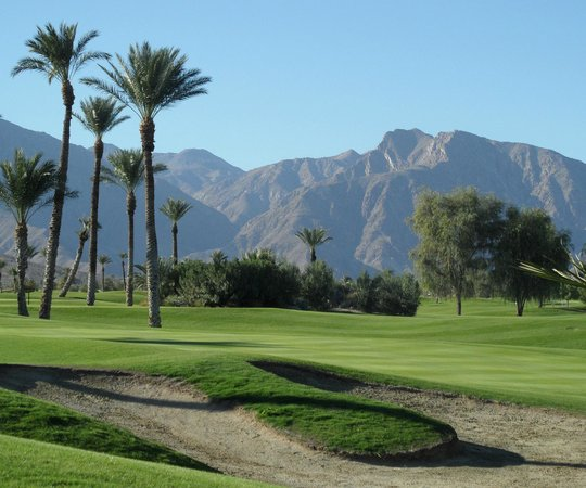 The Arches at Borrego Springs Resort: Overlooking the golf course from The Arches terrace