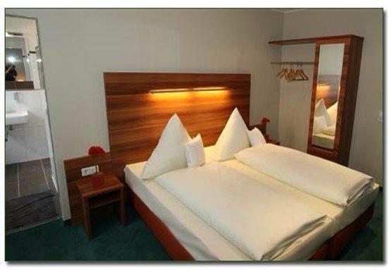 Hotel Haus Hillesheim: getlstd_property_photo