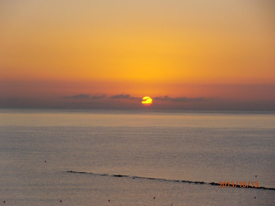 Atlantica Miramare Beach: Sun rise