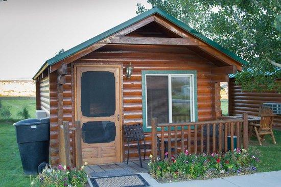 Bryce Canyon Country Cabins : Hütte von außen