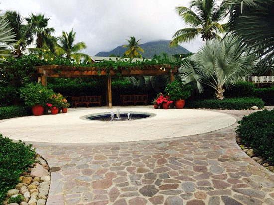 Four Seasons Resort Nevis, West Indies : Beauty