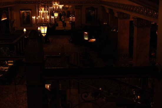 The Pfister Hotel: Inside 2 floor
