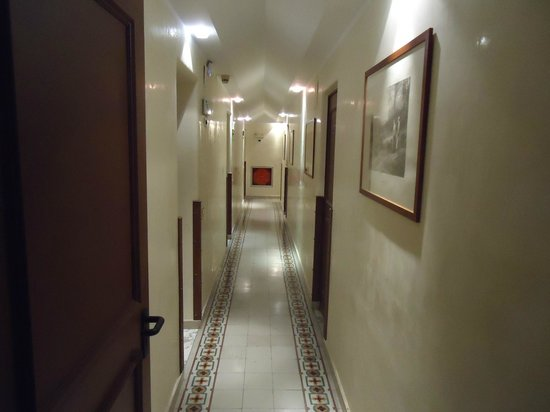 Hotel Tonic: nice corridor