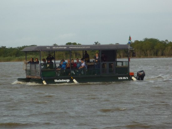 Shakabarker Tours - Day Tours: Small boat