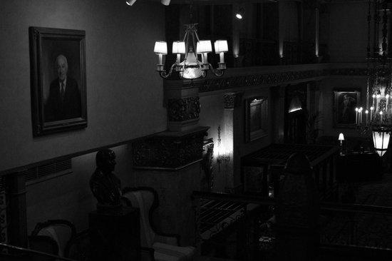 The Pfister Hotel: Belas iluminárias