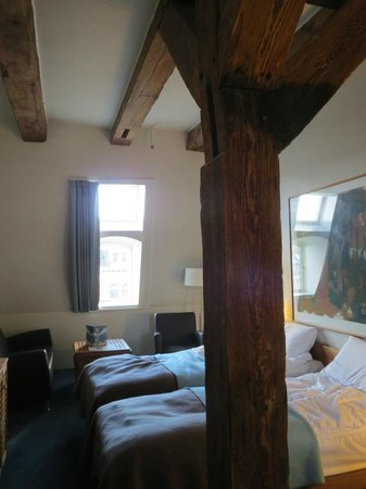 Copenhagen Admiral Hotel: Admiral Hotel-Our Room...Beams and All