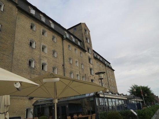 Copenhagen Admiral Hotel: Admiral Hotel-Water View Side
