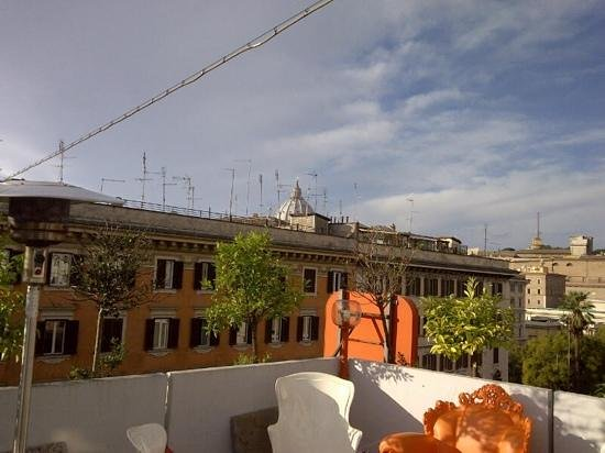 Orange Hotel: vista dalla terrazza