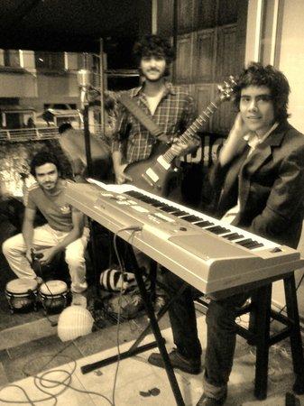 Restaurante RADIO BEMBA: Música en vivo los Viernes