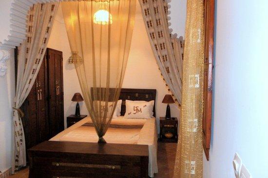 Riad Les Jardins Mandaline : chambre Mayza