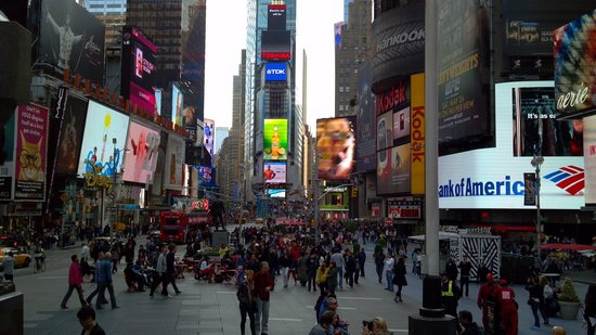 Times Square: Closed to Traffic - Nice