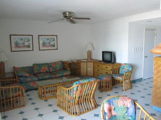 Simpson Bay Resort & Marina: Family area in Marina apartment