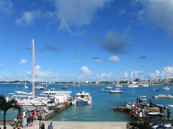 Simpson Bay Resort & Marina: View from Marina apartment