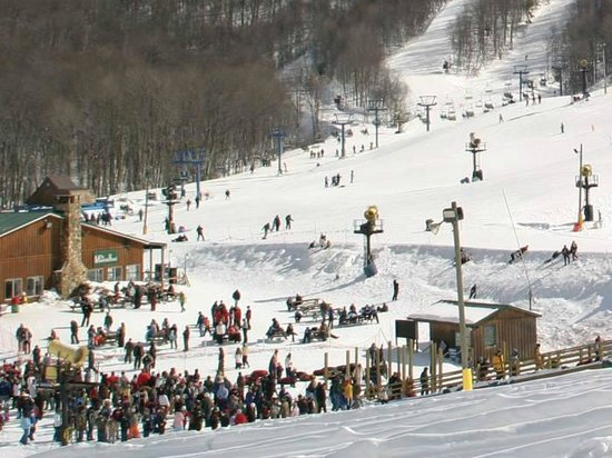 Cabins at Pine Haven : Stay & Play Ski Package