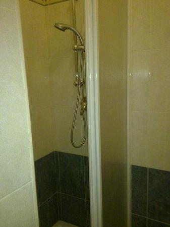 Hotel Bogart 2 : doccia