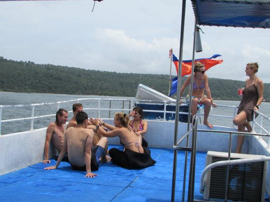 Koh Rong Dive Center: A trip to dive~