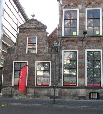 Stedelijk Museum Zwolle: Het oude en nieuwe museum .