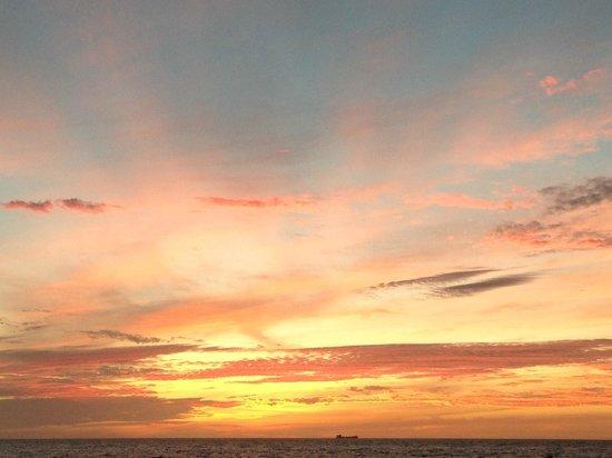 South Seas Island Resort: Day 2 sunset on beach
